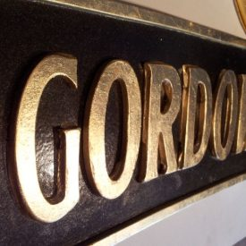 Gordon's Mansion Crest